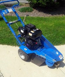 bluebird-sg1314a-portable-stump-grinder-machine-with-honda-engine-2299-aurora-oh-americanlisted_23255657
