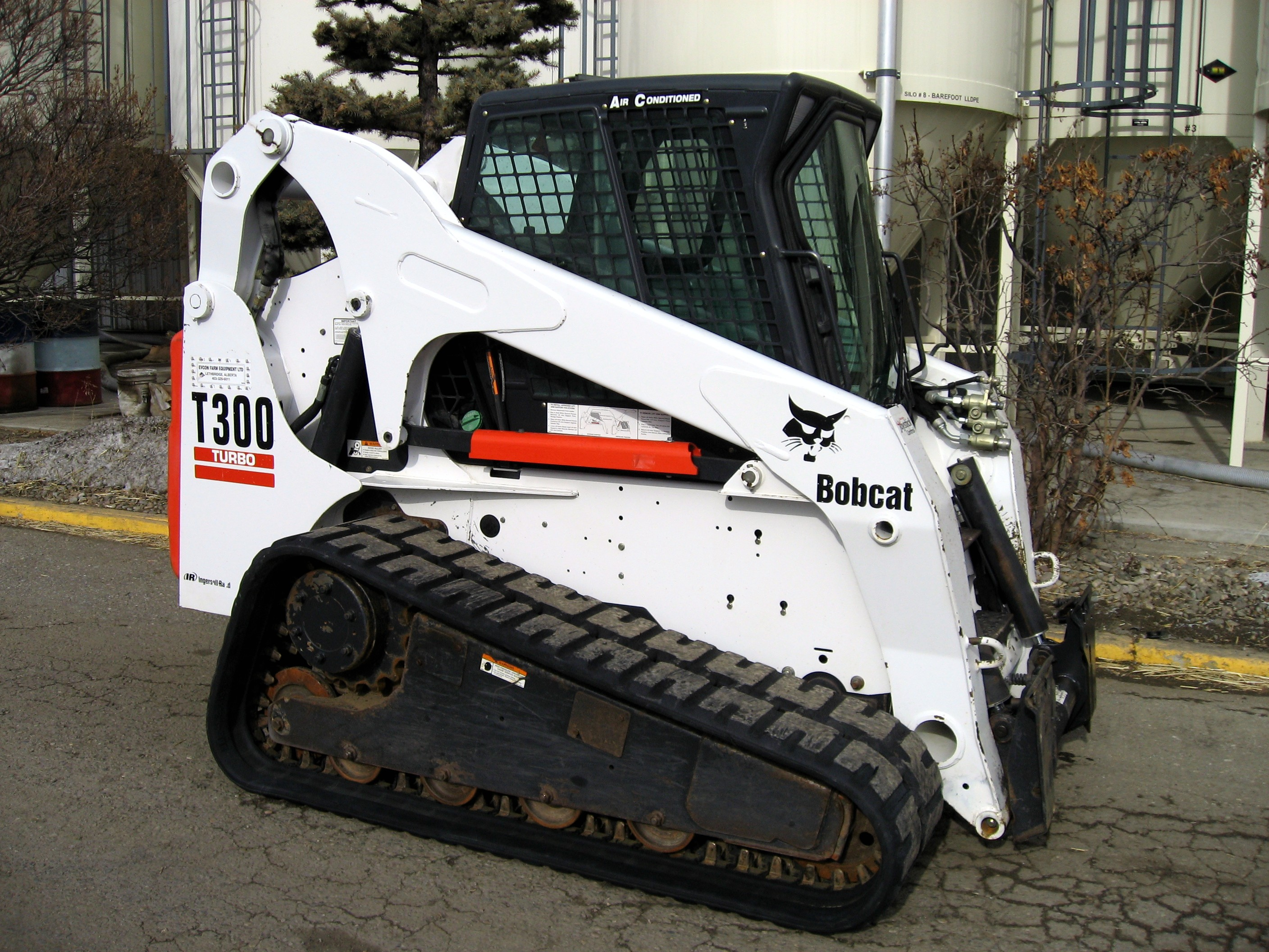 Bobcat T300 Rent This Equipment Rent This Equipment